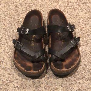 Birkenstock black shiny Mayari strappy sandals 7